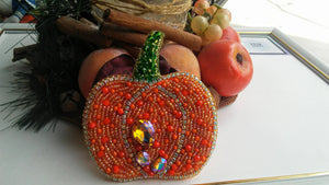 Pumpkin Beaded Brooch Crystal Embroidered brooch pin Fall Autumn jewelry Thanksgiving Gift to women Nature Inspired brooch Botanical pin