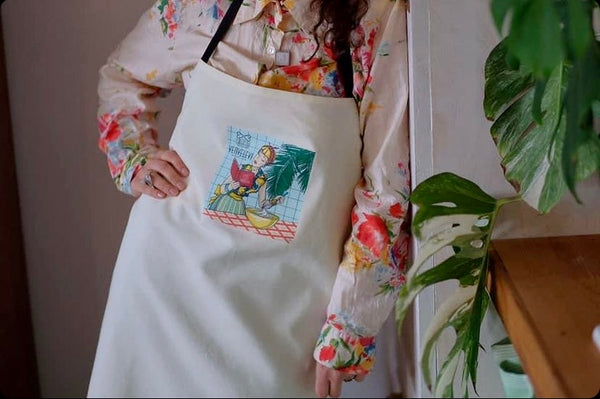 Apron with an original art by Zenka, White
