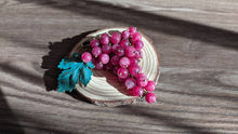 "Load image into Gallery viewer, Handmade Quartz brooch "" Pink Rkatsiteli grape"""
