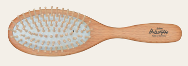 Oval Hairbrush with Beechwood and Maple Wood Pins