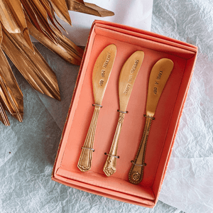 Embossed Spreader Set ~ Gold - Actually Boutique