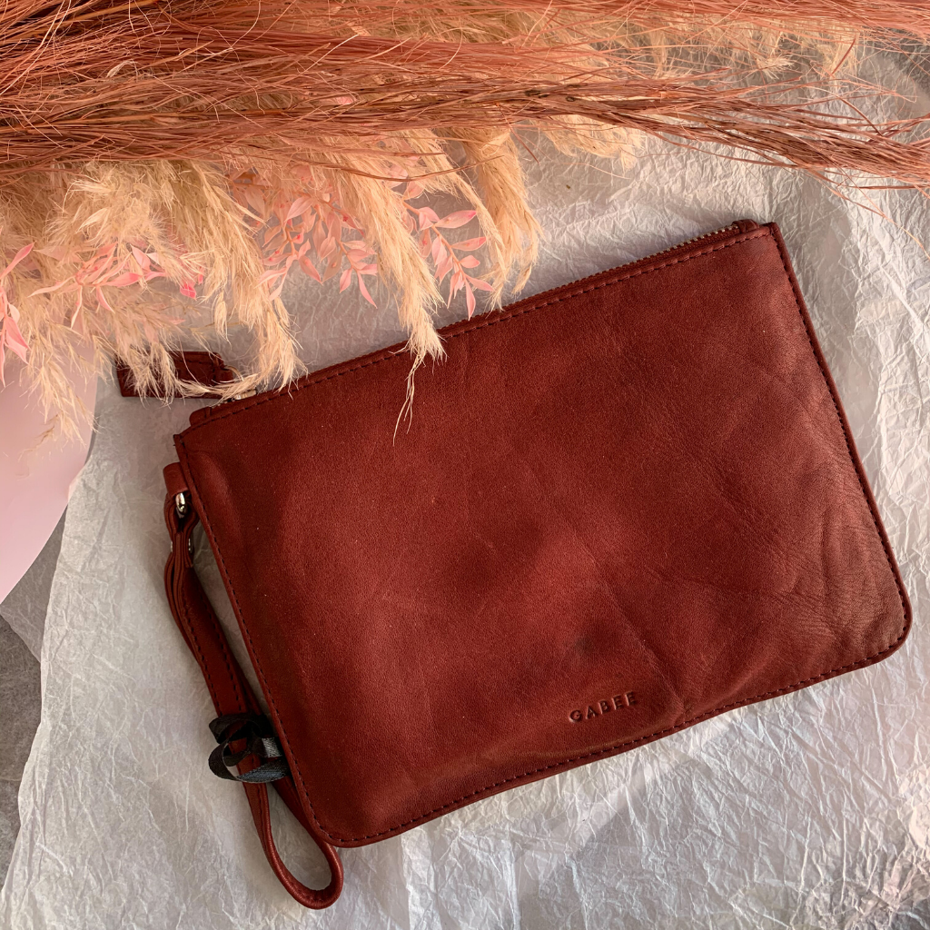 Queens Leather Pouch ~ Wine - Actually Boutique