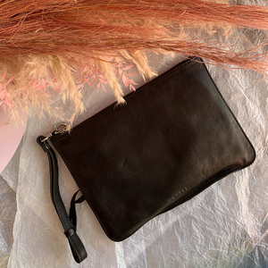Queens Leather Pouch ~ Black - Actually Boutique
