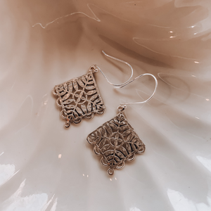 Leaf Earrings ~ Sterling Silver - Actually Boutique