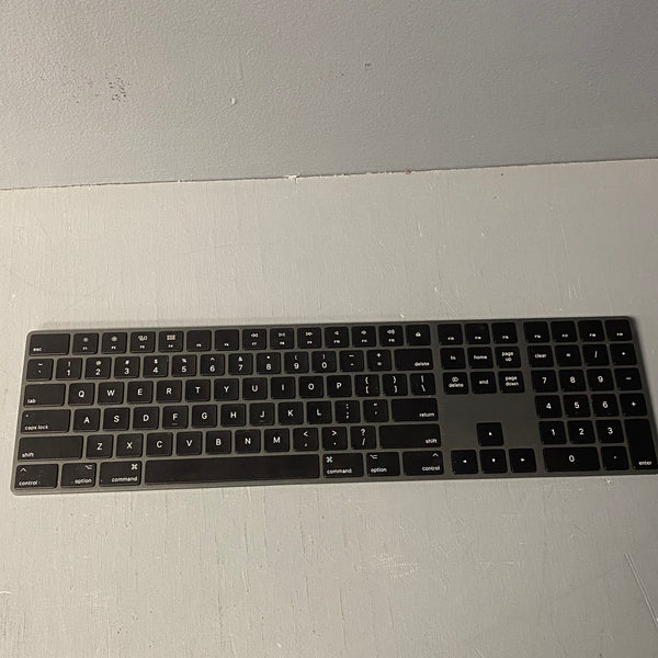 Apple Wireless Magic Keyboard with Numeric Keypad A1843 - Space Gray