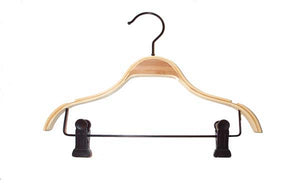 Childrens Bamboo Hanger with Clips (100)