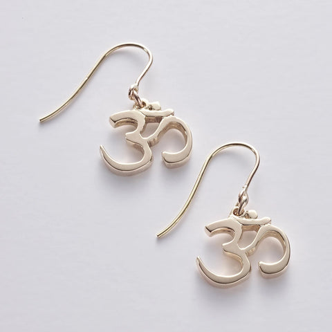OM 9ct gold/375 gold Drop Earrings