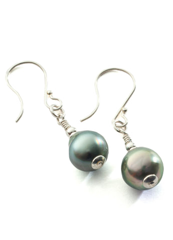 Tahiti Pearl teardrop earrings with sterling silver
