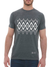 Load image into Gallery viewer, Lopapeysa Inspired - Men's T-Shirt - Grey