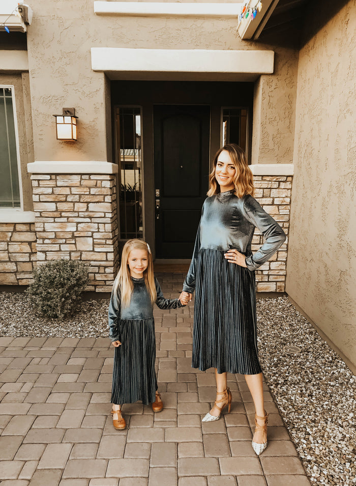 Velvet skies dress (Mommy&me)