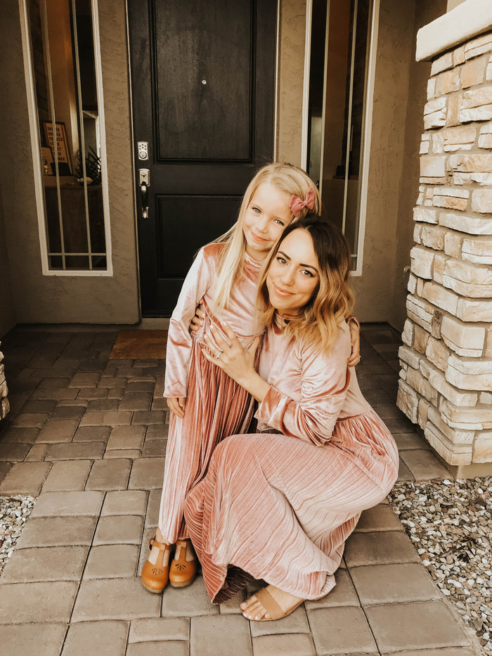 Blushing Velvet dress (Mommy&Me)