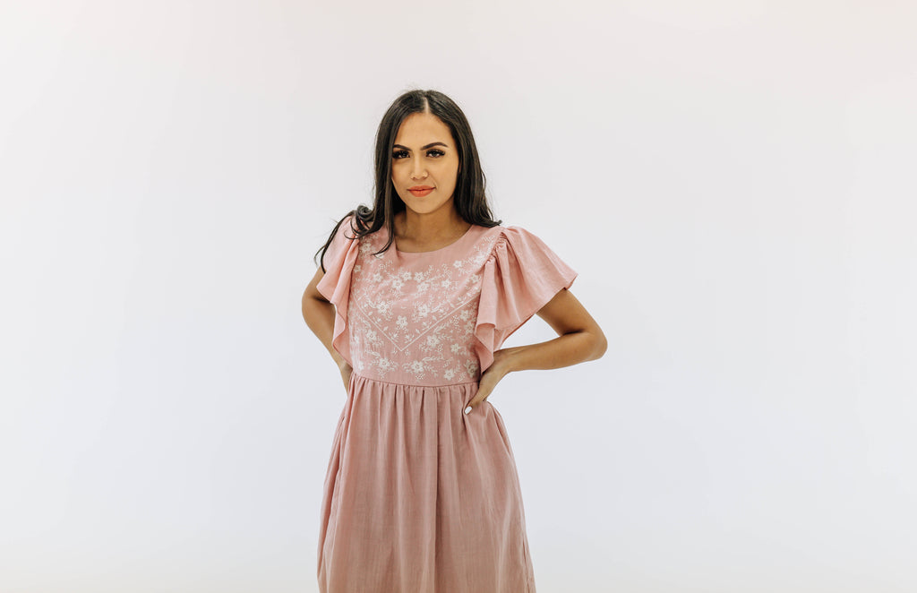 Blushing embroidery dress