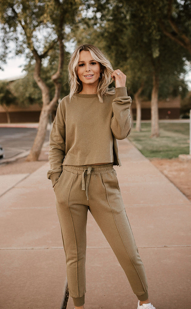 On the run set in olive
