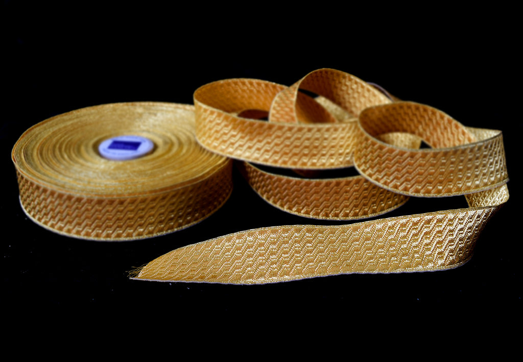 Gold Mylar B & S Braid 30mm (BDG010)