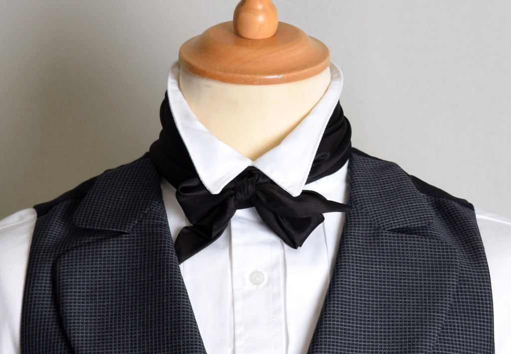 Black Victorian Silk Bow Tie (CR562B)