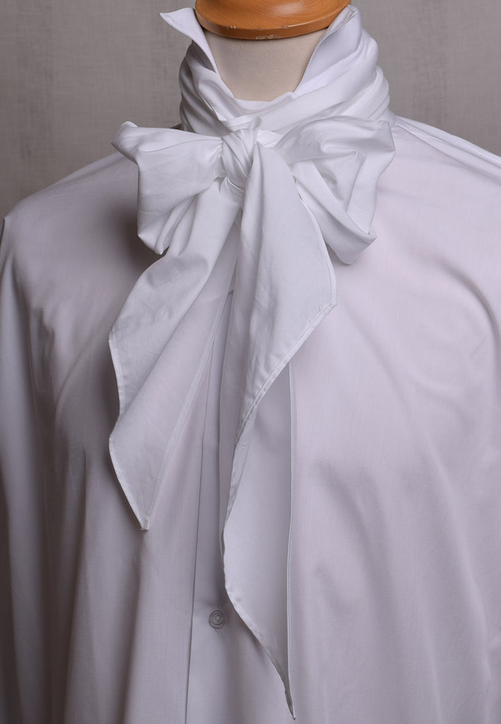 Regency Crowd Shirt - Bow Tie