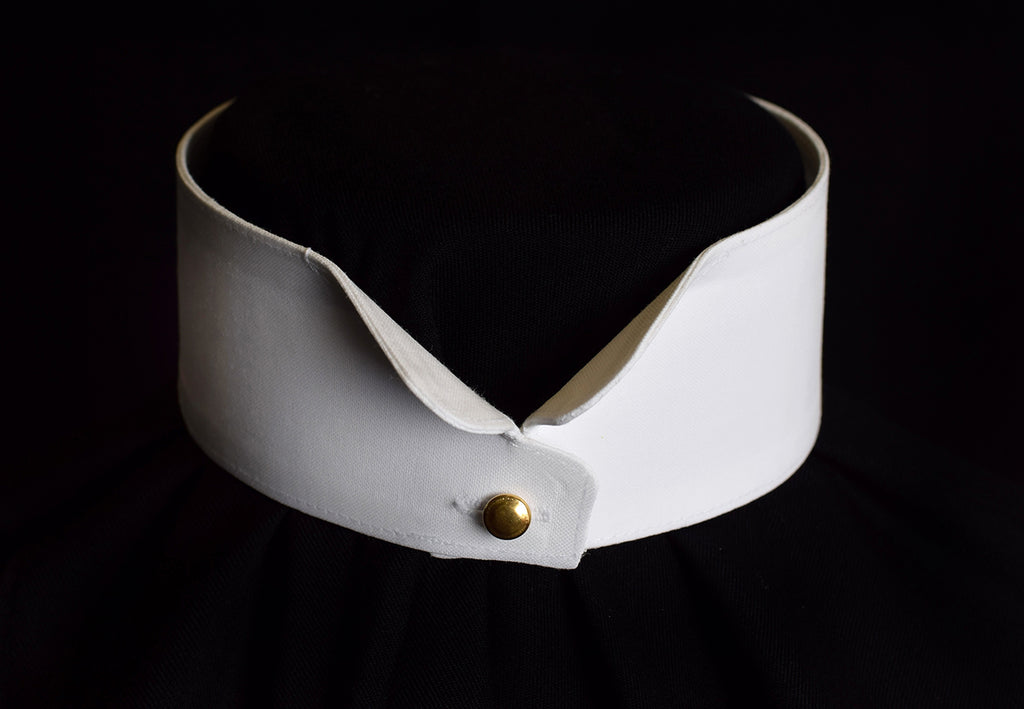 Starched Butterfly Wing Collar (CO122)