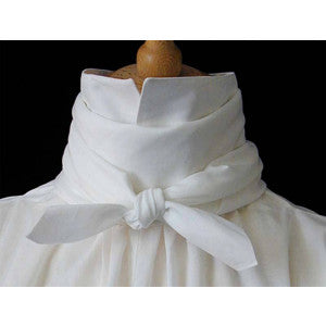 C18th Square Cotton Lawn Cravat (CR120)