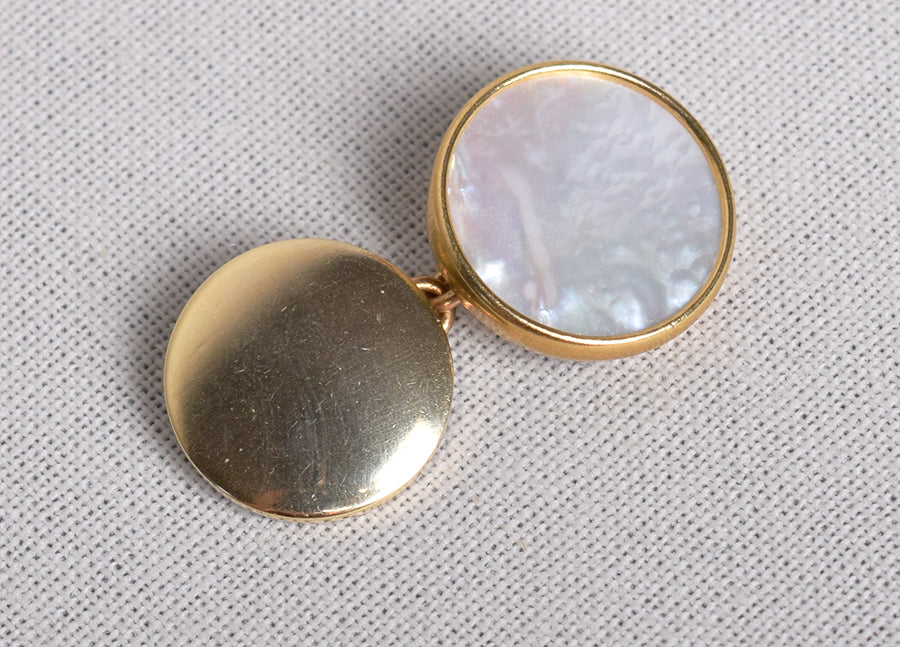 Round Mother of Pearl / Gilt