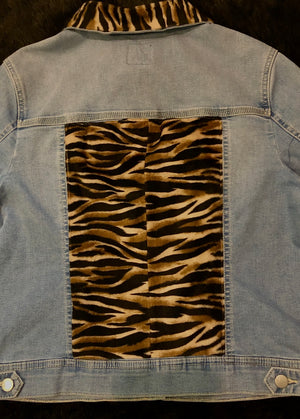 Load image into Gallery viewer, Bespoke Animal Print Custom Denim Jacket