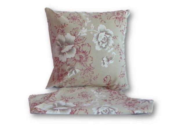 Vintage flowers red cushion cover