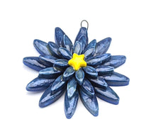 Load image into Gallery viewer, Flower Pendant