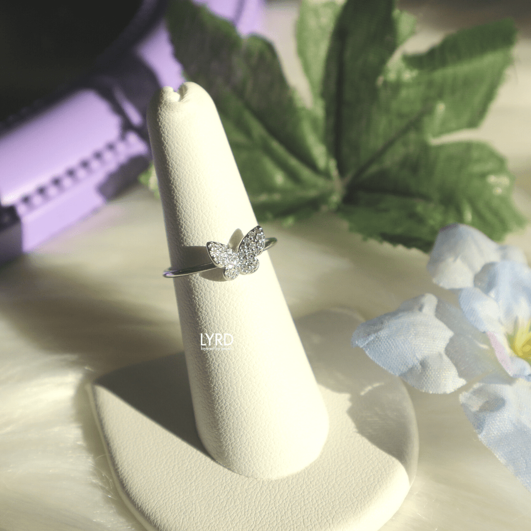 WHITE GOLD BUTTERFLY ADJUSTABLE RING