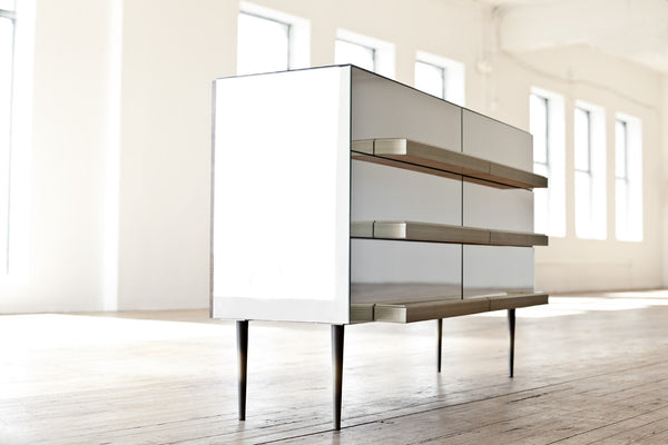 Illusion Collection, Credenza
