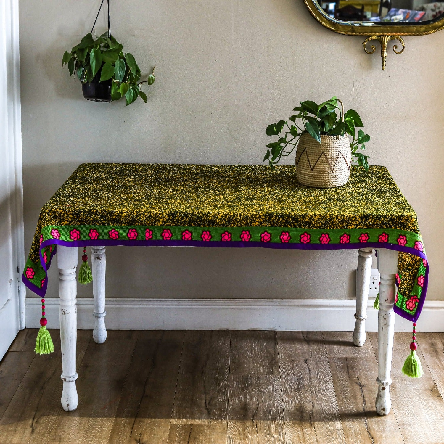 tassled table cloth: foliage
