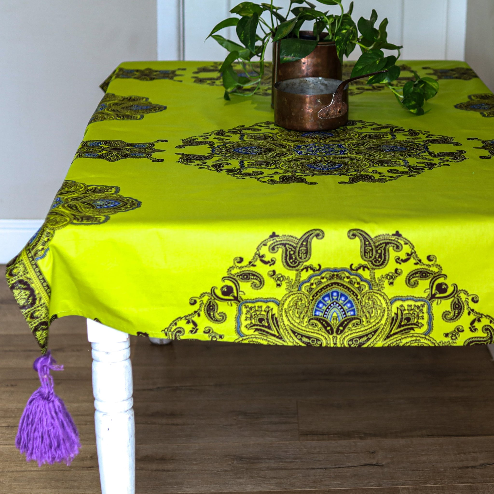 tassled table runner: rwanda