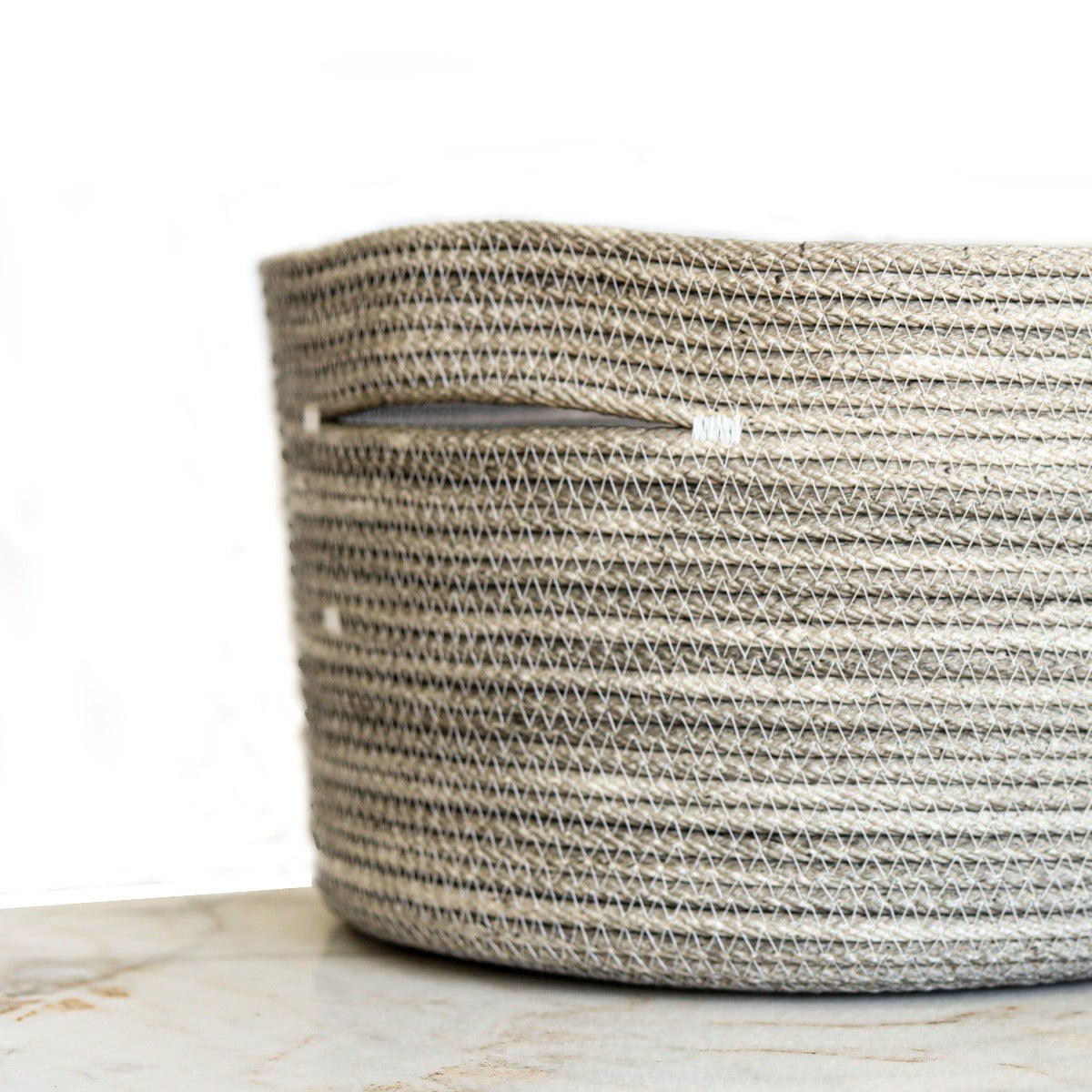 rope basket: extra wide grey