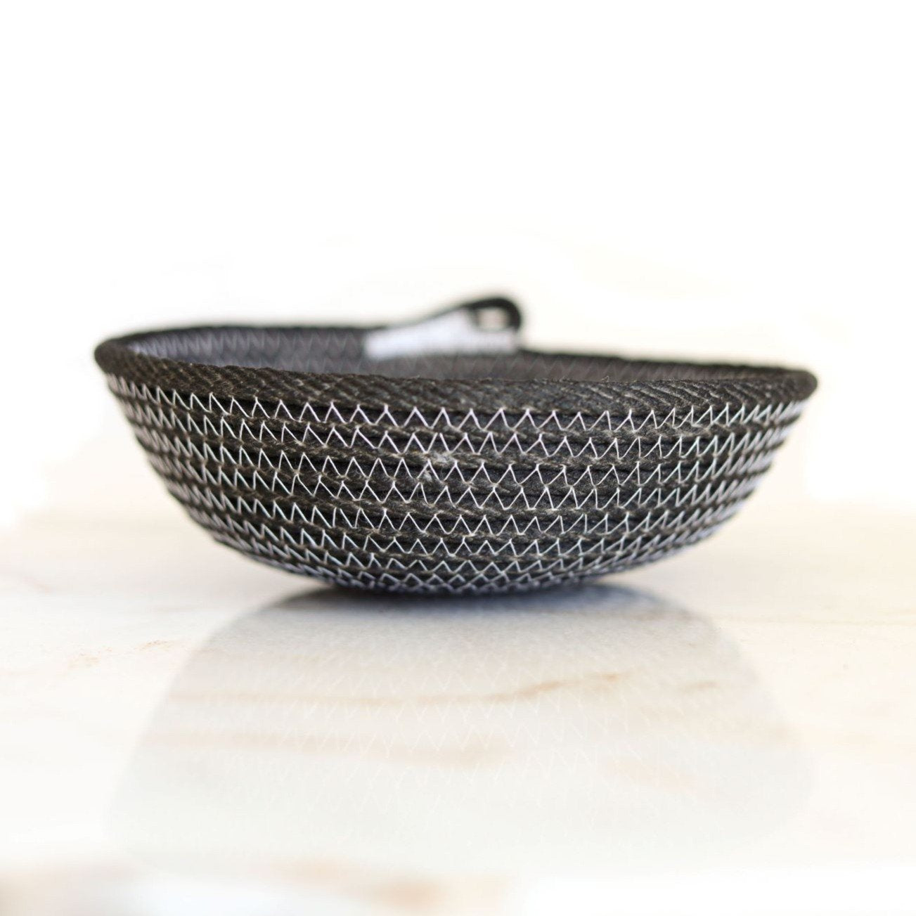 rope bowl: small (multiple colours)