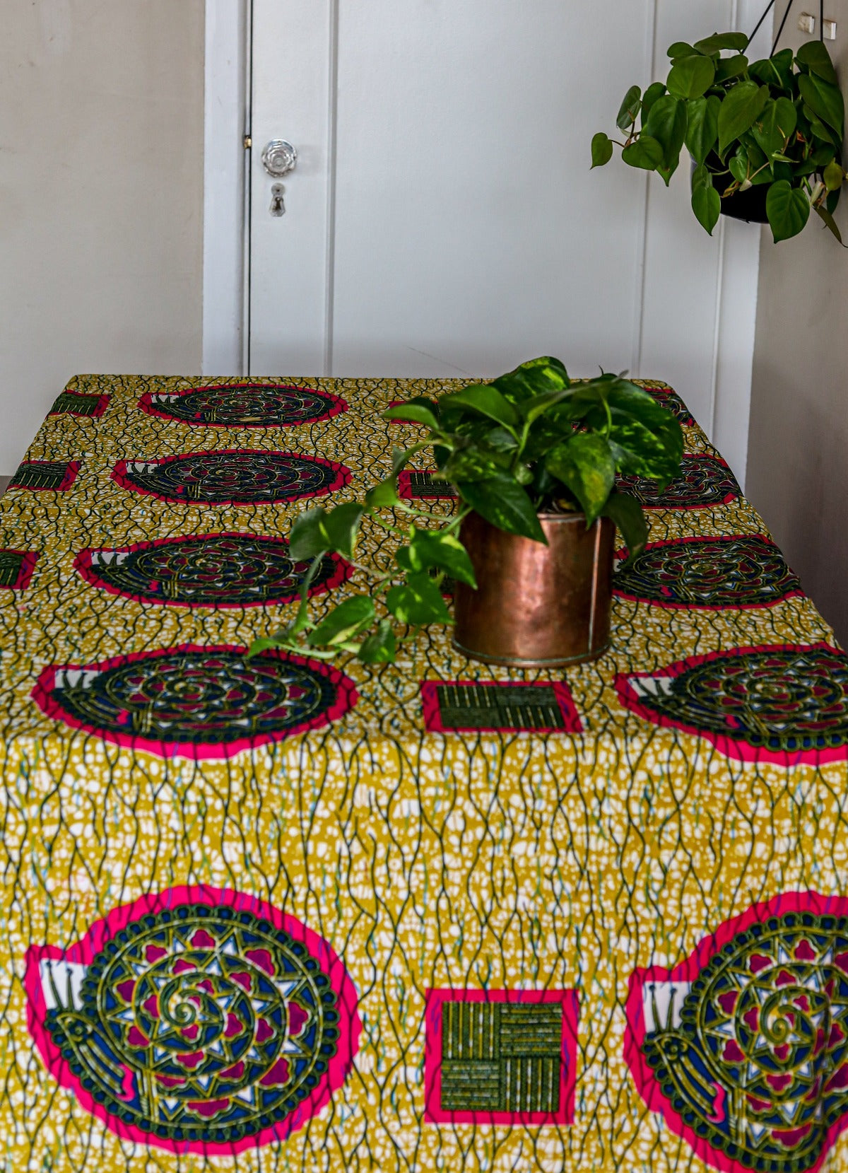 tassled table cloth: kenya