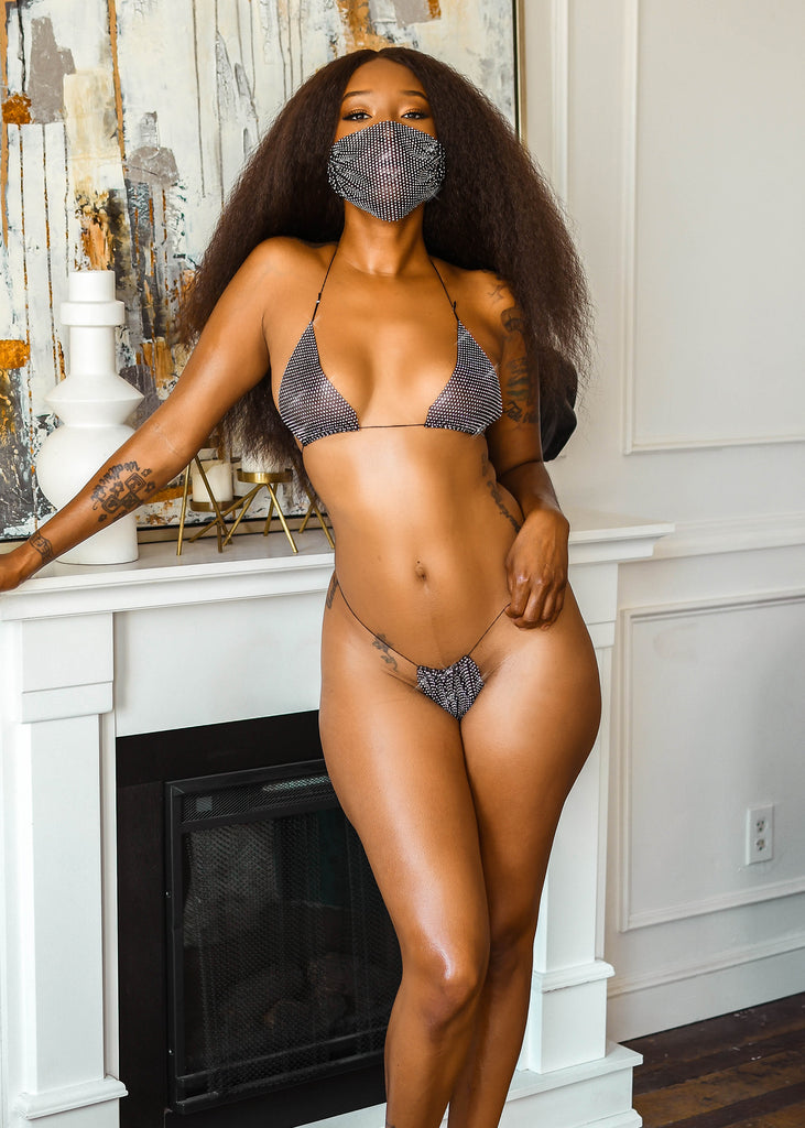 Vegas Lingkini (mask included) - Little Kitten