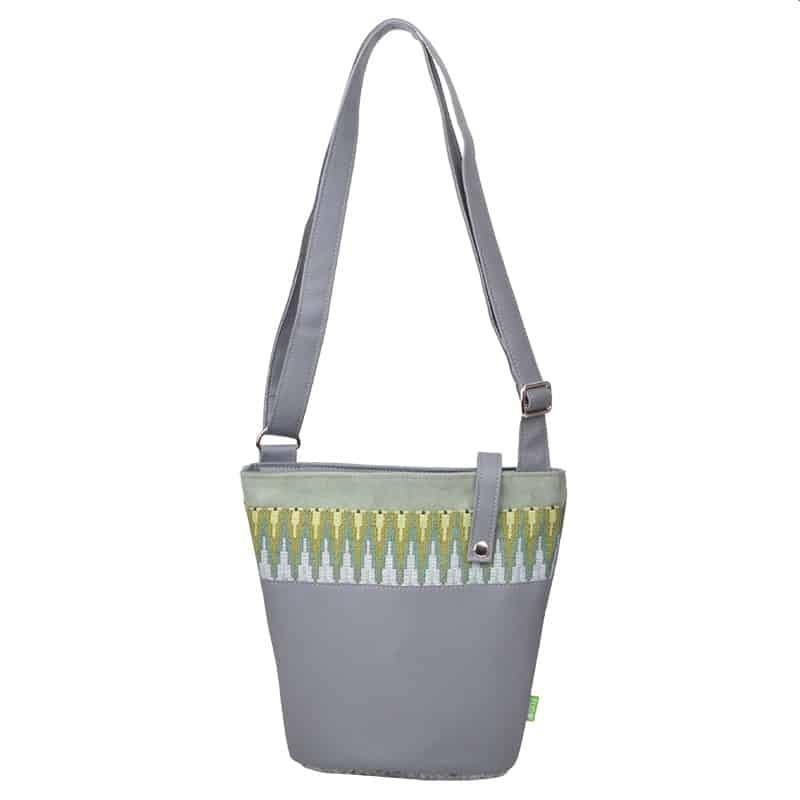 Umhängetasche-18-DS-200-Daily-Bag-Small-multistripe-green