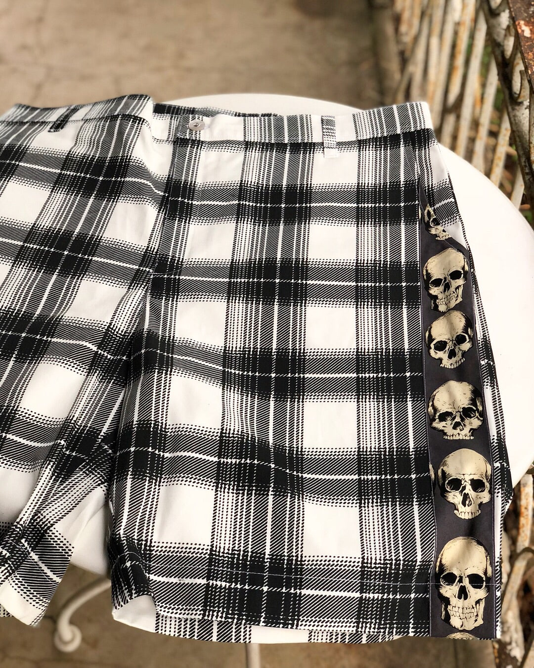 "SHORTS "" Roll one up just to burn I️t down"""