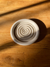 Load image into Gallery viewer, Round Ceramic Soap/Incense Tray