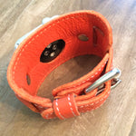 Cuff Apple Watch and leather cuff Apple watch band