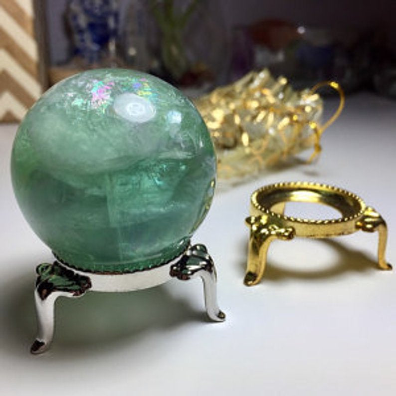 Silver Crystal Ball Stand