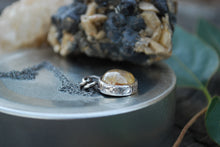 Load image into Gallery viewer, Delicate rutile quartz spinner necklace