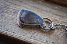 Load image into Gallery viewer, Montana moss agate pendant necklace with labradorite