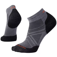 Load image into Gallery viewer, Men's PhD® Run Light Elite Low Cut Socks