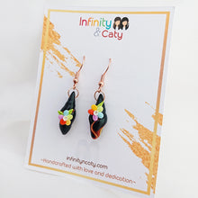 Load image into Gallery viewer, Handmade polymer clay earrings Singapore  - Faux Onyx