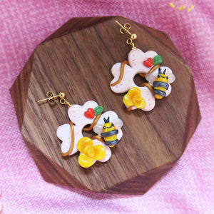 Buzzing Sunshine Floral Hearts Earrings
