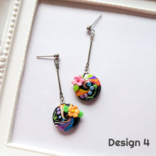 Load image into Gallery viewer, Swirly Floral Earrings