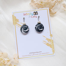 Load image into Gallery viewer, Minimalist Black white shiny Swirl Earrings