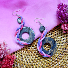 Load image into Gallery viewer, Handmade black gold lavender braided stylistic polymer clay earrings