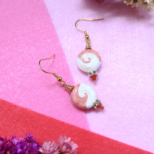 Load image into Gallery viewer, Peachy Swirl Earrings