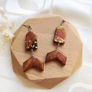 Handmade Polymer clay cinnamon marble shimmer shiny gold flakes earrings