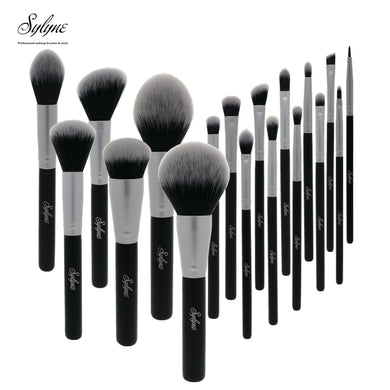Set de 18 pinceaux à maquillage